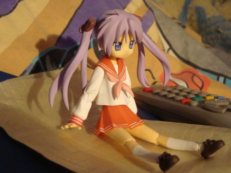 My Kagami figma, while I was sitting in bed playing Animal Crossing CF lol.