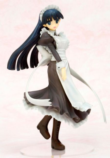 Another To Heart figure, another maid outfit too. But this, unlike the other To Heart 2 maid outfits, its a long skirt. But she's lovely, and I wants her.