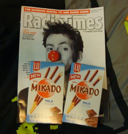 Oh, the new Radio times too, the one featuring Tennant. Yuuummm. 3 yummy things.