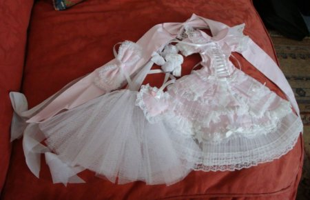 This was what I was really looking forward to getting, even though I have no dollfie to put it on lol.